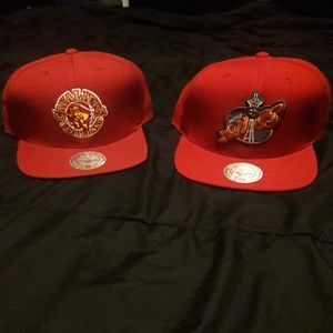 1 BRAND NEW MITCHELL AND NESS CAVALIER SNAPBACK
